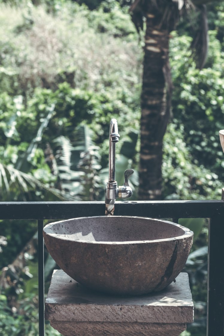 faucet-sink-wash-bin-1454840.jpg